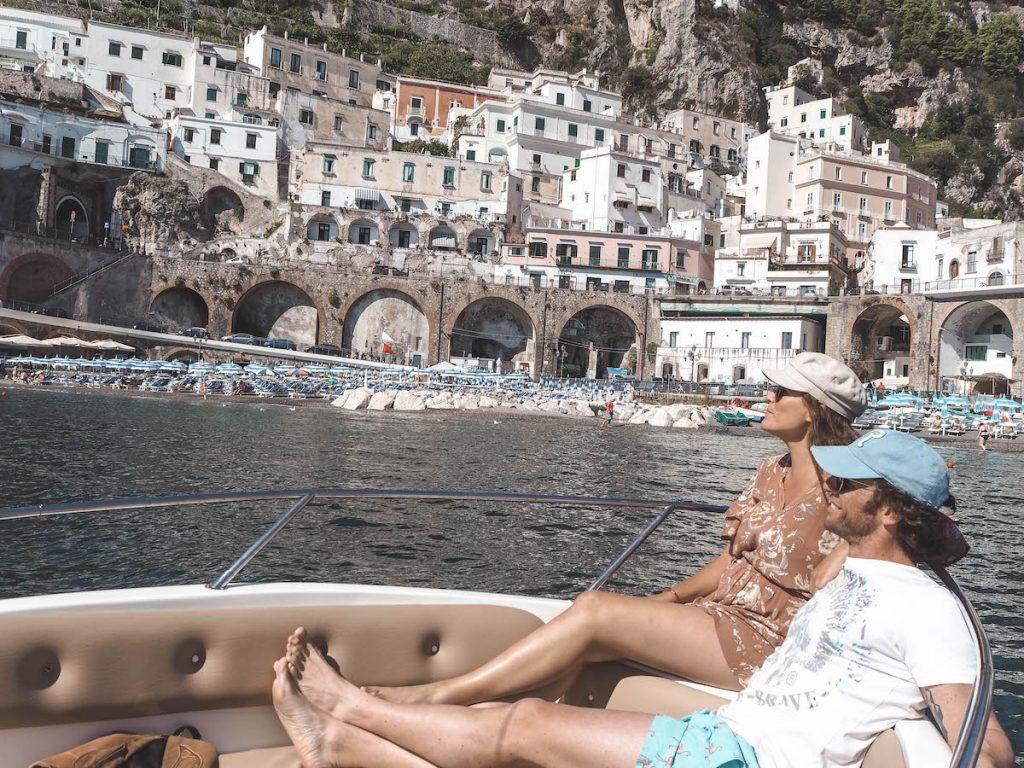 Atrani en barco